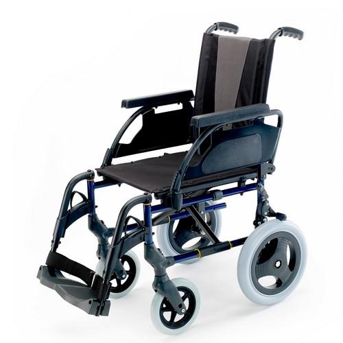 Silla de ruedas plegable Breezy Premium no autopropulsable (rueda pequeña)